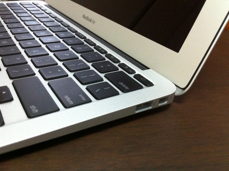Macbook_air_mc506j_a